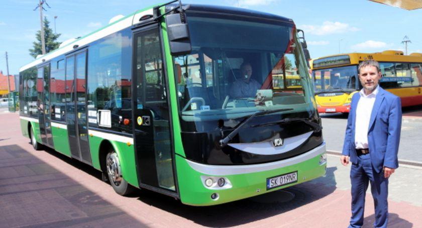Motoryzacja, Łomża testuje autobus elektryczny - zdjęcie, fotografia