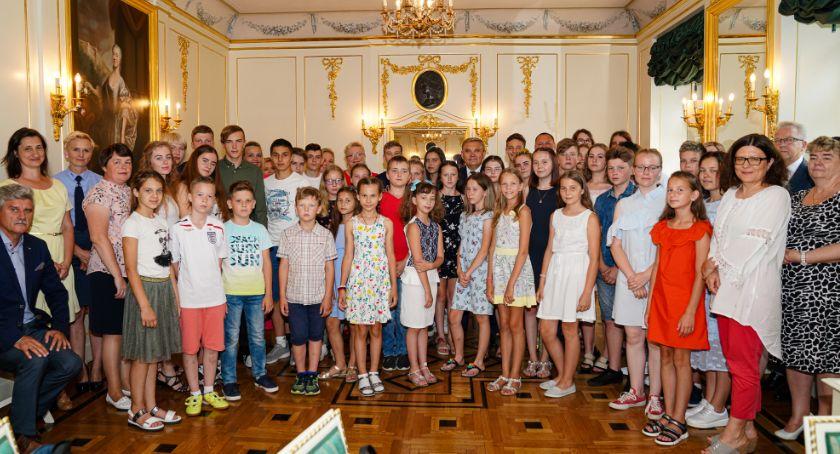 Wiadomości, Pałacyk Gościnny odwiedziły dzieci Białorusi - zdjęcie, fotografia