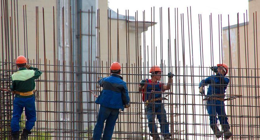 Wiadomości, Sezon sprzyja wypadkom pracy Jakie świadczenia przysługują poszkodowanym - zdjęcie, fotografia