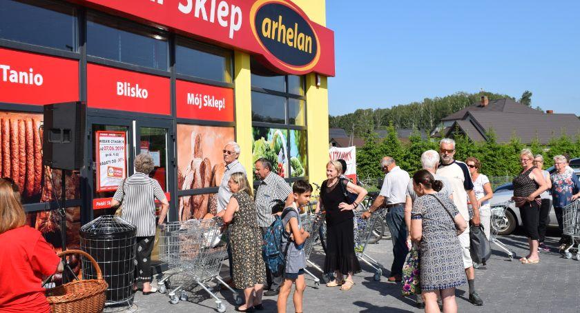 Lokalny biznes, Sklepów sieci Arhelan więcej - zdjęcie, fotografia