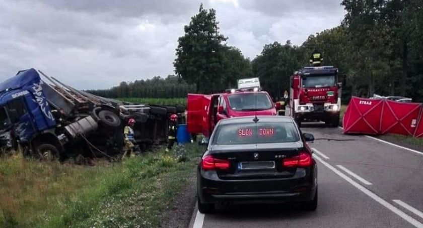 KOLIZJA 24, Kolejna śmiertelna ofiara drodze krajowej żyje letni kierowca - zdjęcie, fotografia