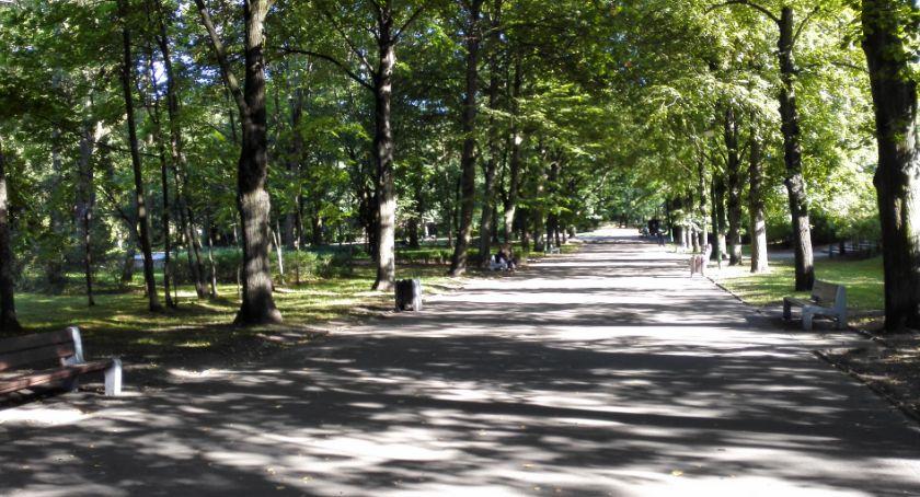 Styl życia, Polacy przepadają spacerami - zdjęcie, fotografia