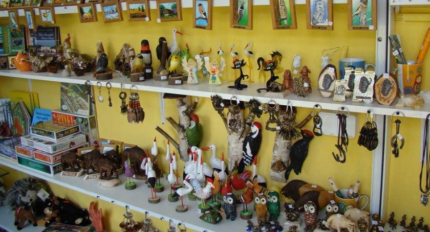 Lokalny biznes, Pamiątki regionalne turystów - zdjęcie, fotografia