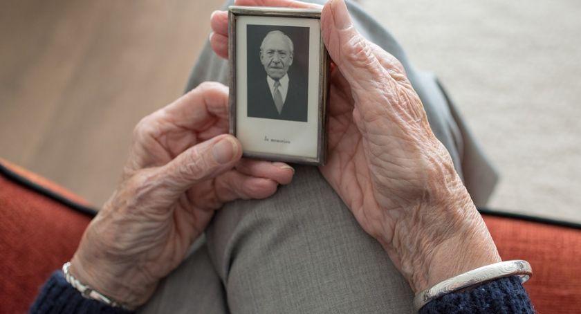 Styl życia, Wczesna diagnoza pomoże walce chorobą Alzheimera - zdjęcie, fotografia