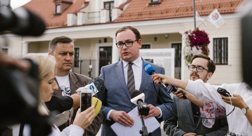 Polityka, Radny poczuł pomówiony słowami prezydenta Żąda przeprosin - zdjęcie, fotografia