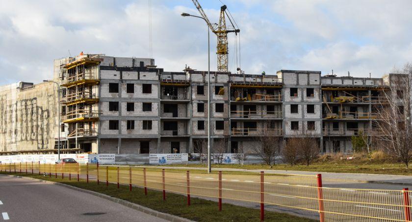 Gospodarka, Rozwija społeczne budownictwo czynszowe - zdjęcie, fotografia