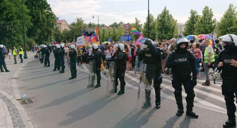 Wiadomości, Białystok pełen przeciwności Marsz wyzwiska kamienie piknik - zdjęcie, fotografia