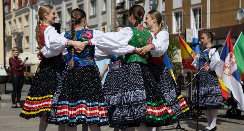 Kultura, środy rozpoczyna Oktawa Kultur Artyści przyjadą krajów świata - zdjęcie, fotografia