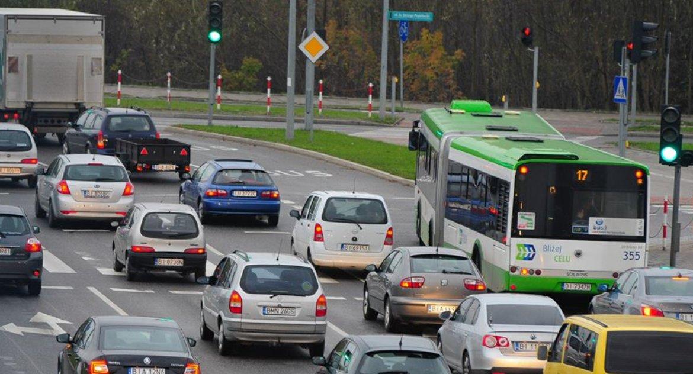 Motoryzacja, Rośnie liczba samochodów Białymstoku przybywa kilka tysięcy - zdjęcie, fotografia