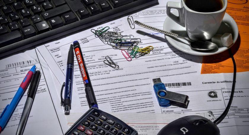 Gospodarka, Niski rachunek może klątwą - zdjęcie, fotografia