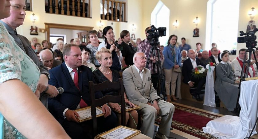 Wiadomości, Przekazano kościołowi Lubczy Białorusi - zdjęcie, fotografia