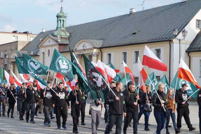 Wiadomości, Spotkanie nacjonalizmie miało otwarte owców wpuszczono - zdjęcie, fotografia