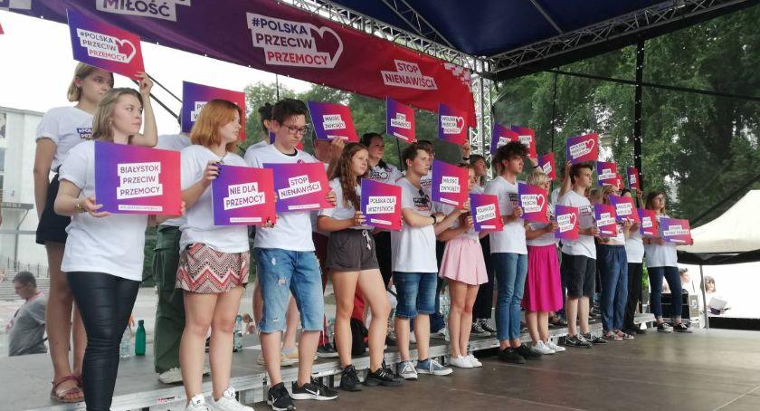 Wiadomości, Tęczowy Białystok publikuje listy otwarte arcybiskupów - zdjęcie, fotografia