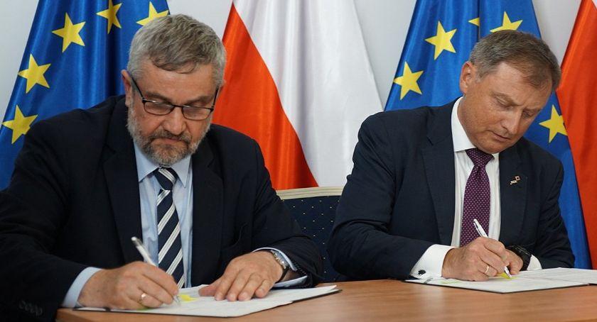 Gospodarka, funduszu gwarancji rolnych milionów złotych - zdjęcie, fotografia