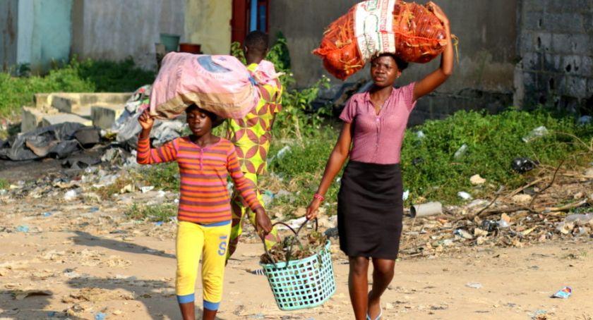 Styl życia, Można odległość zaadoptować dziecko Afryki - zdjęcie, fotografia