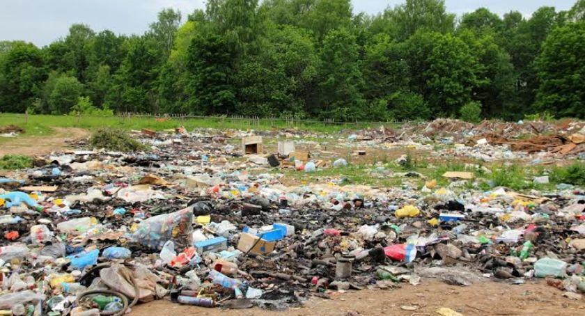 Gospodarka, Największe zadłużenie mają firmy recyklingowe - zdjęcie, fotografia