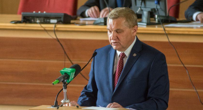 Wiadomości, początku września Najwyższy zajmie wypłatą Tadeusza Truskolaskiego - zdjęcie, fotografia