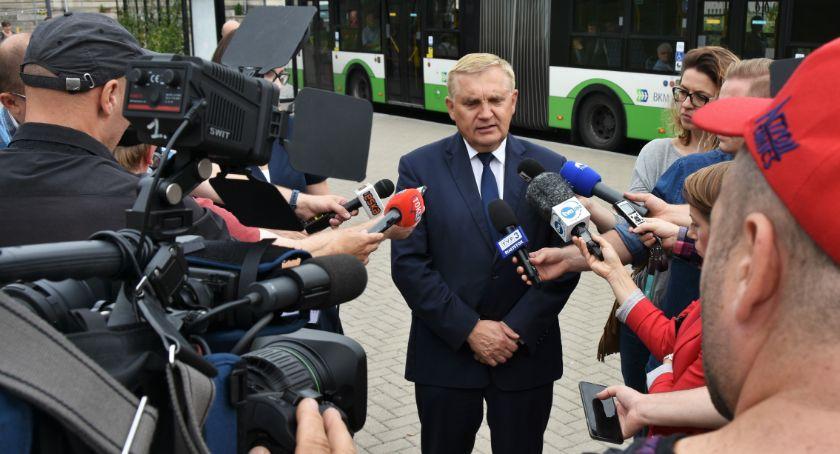 Polityka, Stosunki prezydenta Truskolaskiego Kurią nijakie - zdjęcie, fotografia