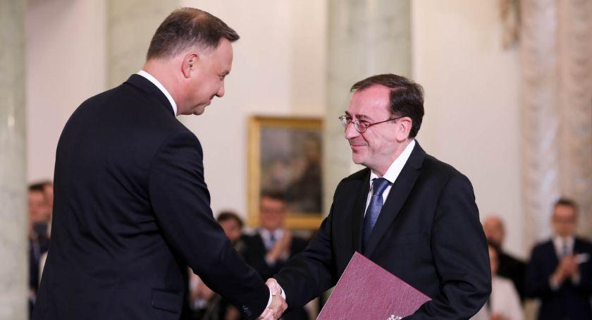 Polityka, ministerstwie spraw wewnętrznych minister Mariusz Kamiński - zdjęcie, fotografia