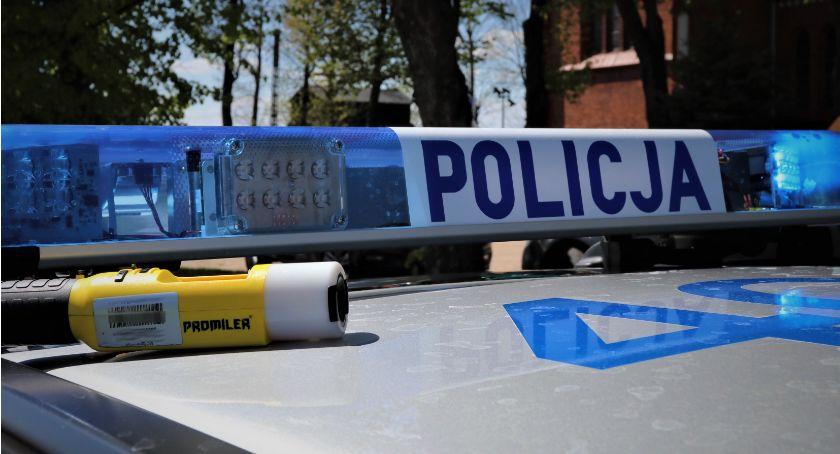 Motoryzacja, Policjanci znów musieli wyeliminować ruchu pijanego kierowcę - zdjęcie, fotografia