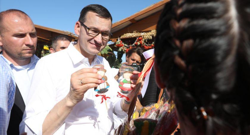 Wiadomości, Mateusz Morawiecki Będą dopłaty rolników hektara - zdjęcie, fotografia