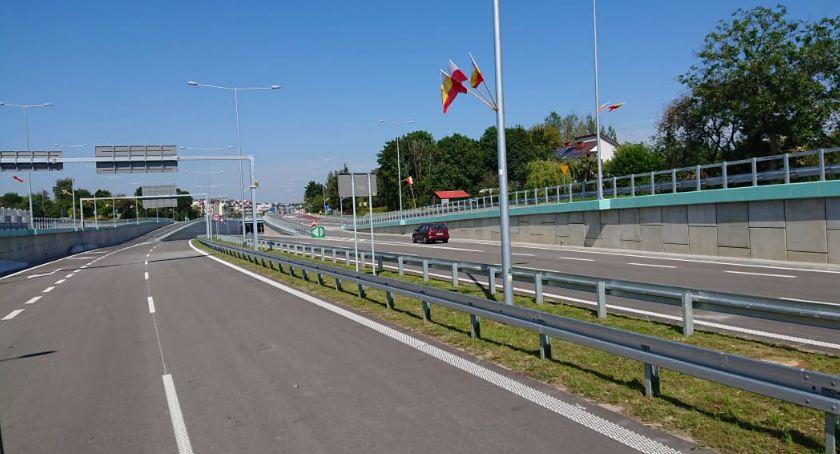 Wiadomości, Można śmigać Trasą Niepodległości razie prowadzi donikąd - zdjęcie, fotografia