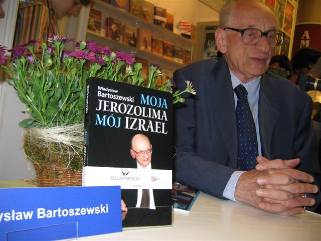 Wiadomości, Władysław Bartoszewski żyje - zdjęcie, fotografia