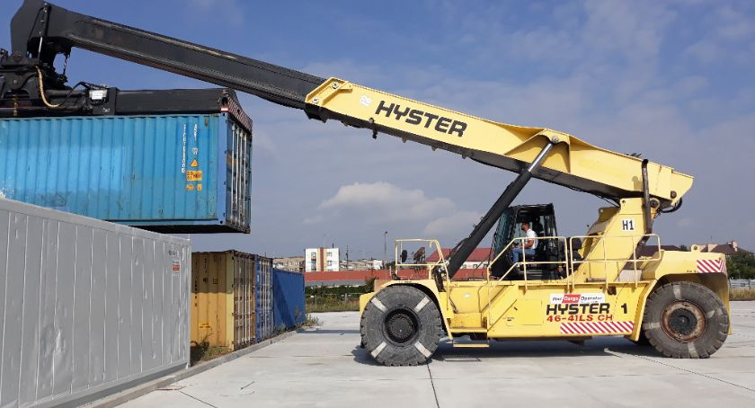 Lokalny biznes, Centrum Logistyczne Terminalem Kontenerowym przyjmie kontenery całego świata - zdjęcie, fotografia