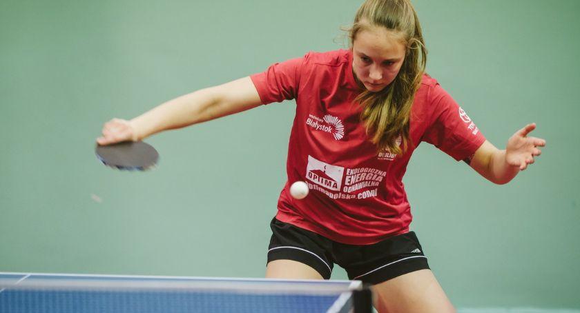 Sport, Tenisistki Dojlid odniosły historyczne zwycięstwo - zdjęcie, fotografia