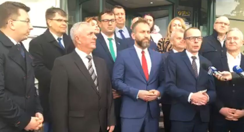 Polityka, marzą trzech senatorach Podlasia - zdjęcie, fotografia