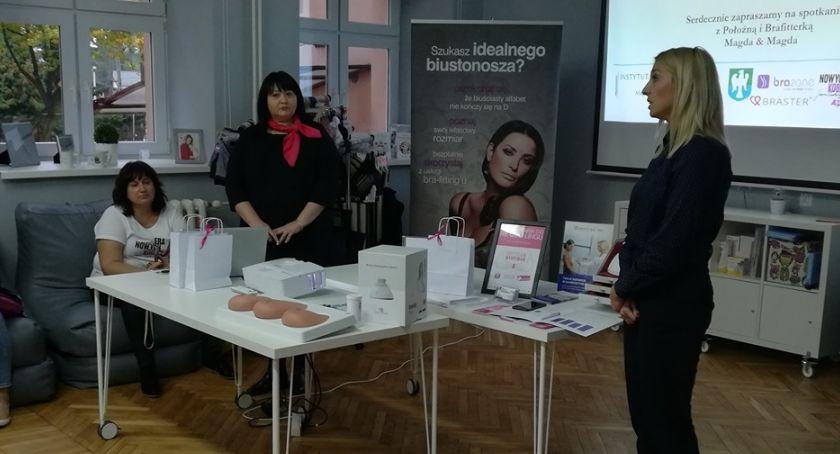 Styl życia, Michałowa zachęcane badania piersi - zdjęcie, fotografia