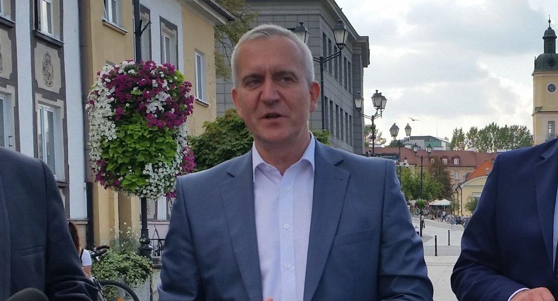 Polityka, Cimoszewicz Tyszkiewiczu człowiek skupił odstrzeleniu skasował dwoje posłów - zdjęcie, fotografia