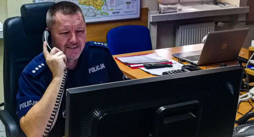 Wiadomości, Dyżurny policjant Białegostoku zapobiegł tragedii Wielkiej Brytanii - zdjęcie, fotografia