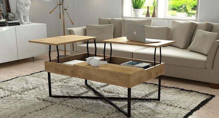 Styl życia, może poranna drewnianym stoliku - zdjęcie, fotografia