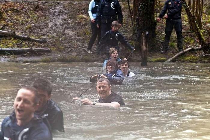 Wiadomości, Wielki konkurs Grylls zaprasza akademii survivalu - zdjęcie, fotografia