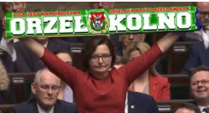 Polityka, Ultras - zdjęcie, fotografia