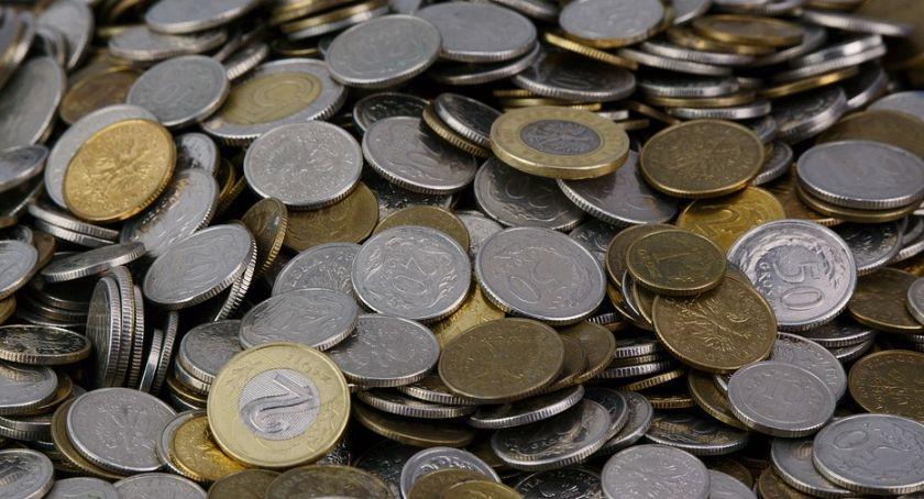Gospodarka, Mniej pożyczek przyznano Polakom październiku - zdjęcie, fotografia