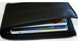 Podlascy emeryci wolą przelewy bankowe niż gotówkę od listonosza