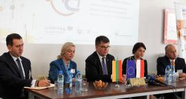 Polacy współpracują z Litwinami i szkolą kadry w swoich firmach
