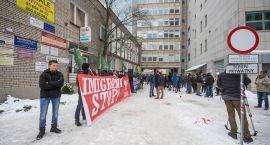 Ponad 200 osób protestowało przeciwko umieszczaniu imigrantów w Białymstoku (zdjęcia, wideo)