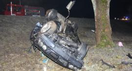 W wypadku zginął pasażer. Policja szuka świadków