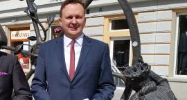 Radny Janczyło pracuje w szkole. Dyrektorką jest jego związkowa sekretarz