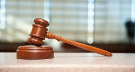Były radny sejmiku stanie przed sądem za składanie fałszywych oświadczeń majątkowych