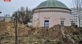 Domek Napoleona ma zostać uprzątnięty do połowy kwietnia
