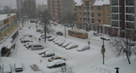 Wraca zima: spadnie śnieg i ciśnienie. IMGW ostrzega: uwaga na gołoledź