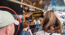 Foodtrack Młynowa zaprasza na jedzenie, tańce i kino. Otwarcie już w sobotę