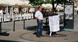 Środowisko białostockiego KOD wspierało matki protestujące w Sejmie