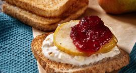 Wakacyjne śniadanie na słodko – owocowe tosty