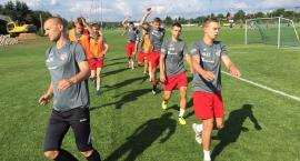 Seniorzy MOSP wylewają poty na treningach przed debiutem w IV lidze