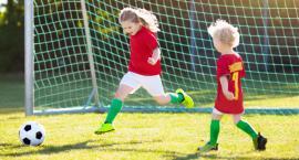 Jeśli twoje dziecko chodzi do szkółki piłkarskiej, warto je ubezpieczyć